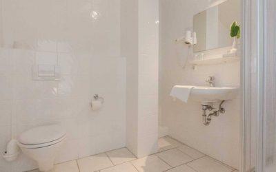 Hotel Pension Wess Toilette Waschbecken