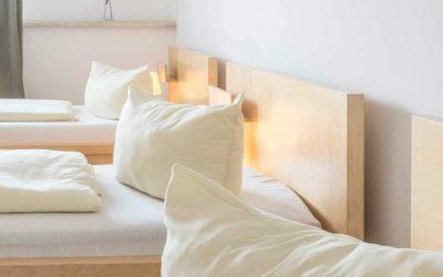 Hotel Pension Wess Dreibettzimmer Kissen